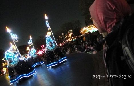 watching the night parade at Tokyo Disneyland
