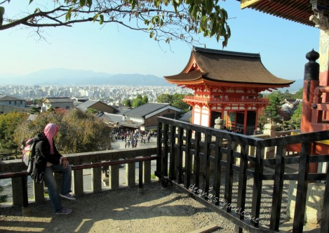 Viewing Kyoto from the top of Kiyomizudera